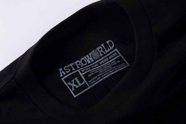 Astroworld Festival Look mom I can Fly shirt tag